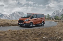 Ford Tourneo Custom Active, 2020, front