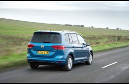 Volkswagen Touran, rear, action
