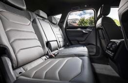 Volkswagen Touareg, 2018, rear seats