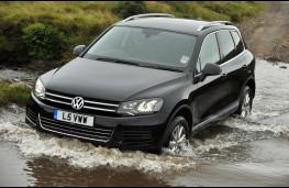 VW Touareg, wading