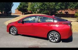 Toyota Prius Business Edition +2, profile