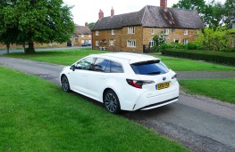 Toyota Corolla Touring Sports, rear static