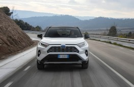 Toyota RAV4, full front action