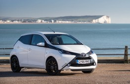Toyota Aygo, front static