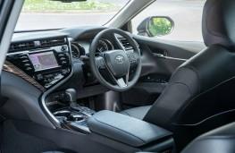 Toyota Camry, interior