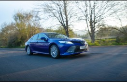 Toyota Camry Design, front