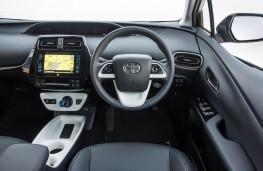 Toyota Prius, dashboard
