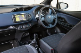 Toyota Yaris, interior