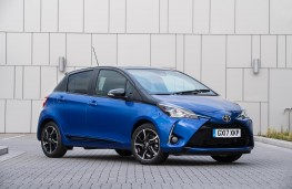 Toyota Yaris, front