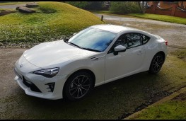 Toyota GT86 2.0, side