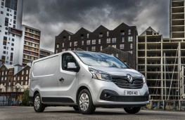 Renault Trafic, front