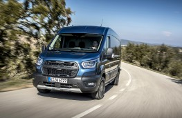 Ford Transit Trail, 2020, front, action