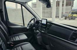 Ford Transit Trail, 2020, dashboard