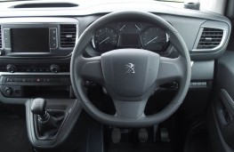 Peugeot Traveller, interior, manual