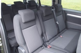Peugeot Traveller, middle seats