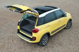 Fiat 500L Trekking, boot