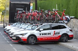 Toyota Corolla Trek, 2020, Trek-Segafredo World Tour team vehicles