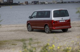 Volkswagen Transporter T6.1, 2019, Multivan, rear