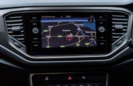 Volkswagen T-Roc, 1.0 TSI Design, 2017, display screen