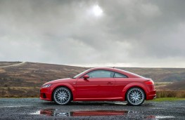 Audi TT Coupe, side