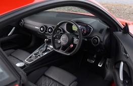 Audi TT RS, interior