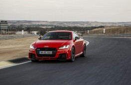 Audi TT RS, 2016, coupe, front, track, action