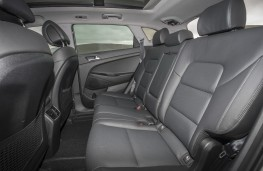 Hyundai Tucson 2015, rear seats