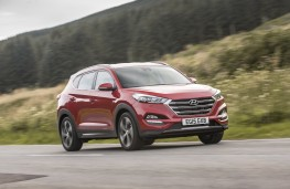 Hyundai Tucson 2015, side, action