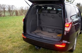 SsangYong Turismo, boot