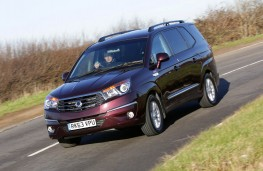 SsangYong Turismo, front, action