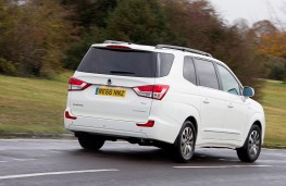 SsangYong Turismo, rear, action