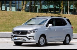 SsangYong Turismo, 2018, front, static