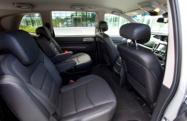 SsangYong Turismo, 2018, cabin