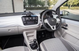 Volkswagen up!, 2016, interior