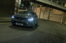 Renault Clio Urban Nav, 2018, front, action