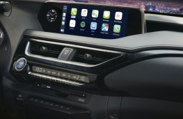 Lexus UX, 2020, display screen connectivity