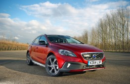 Volvo V40 Cross Country, front