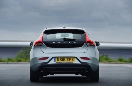 Volvo V40, rear