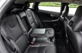 Volvo V40, rear seats