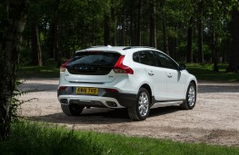 Volvo V40 Cross Country, 2016, rear, static