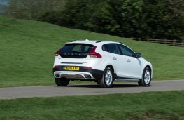 Volvo V40 Cross Country, 2017, rear, action