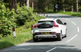 Volvo V40 Cross Country, 2017, rear