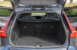 Volvo V60 T6 Recharge, 2021, boot