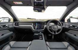 Volvo V60 T6 Recharge, 2021, interior