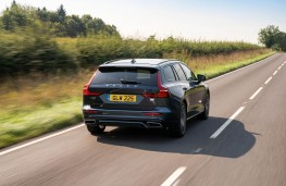Volvo V60 T6 Recharge, 2021, rear, action