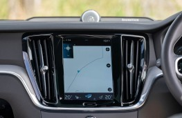 Volvo V60 T6 Recharge, 2021, display screen