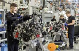 AMG, V8 engine production