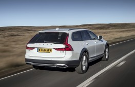 Volvo V90 Cross Country, 2017, rear