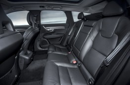 Volvo V90 Cross Country, 2017, rear seats
