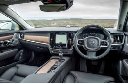 Volvo V90, interior